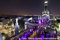 Dachterrasse des ME Madrid Reina Victoria