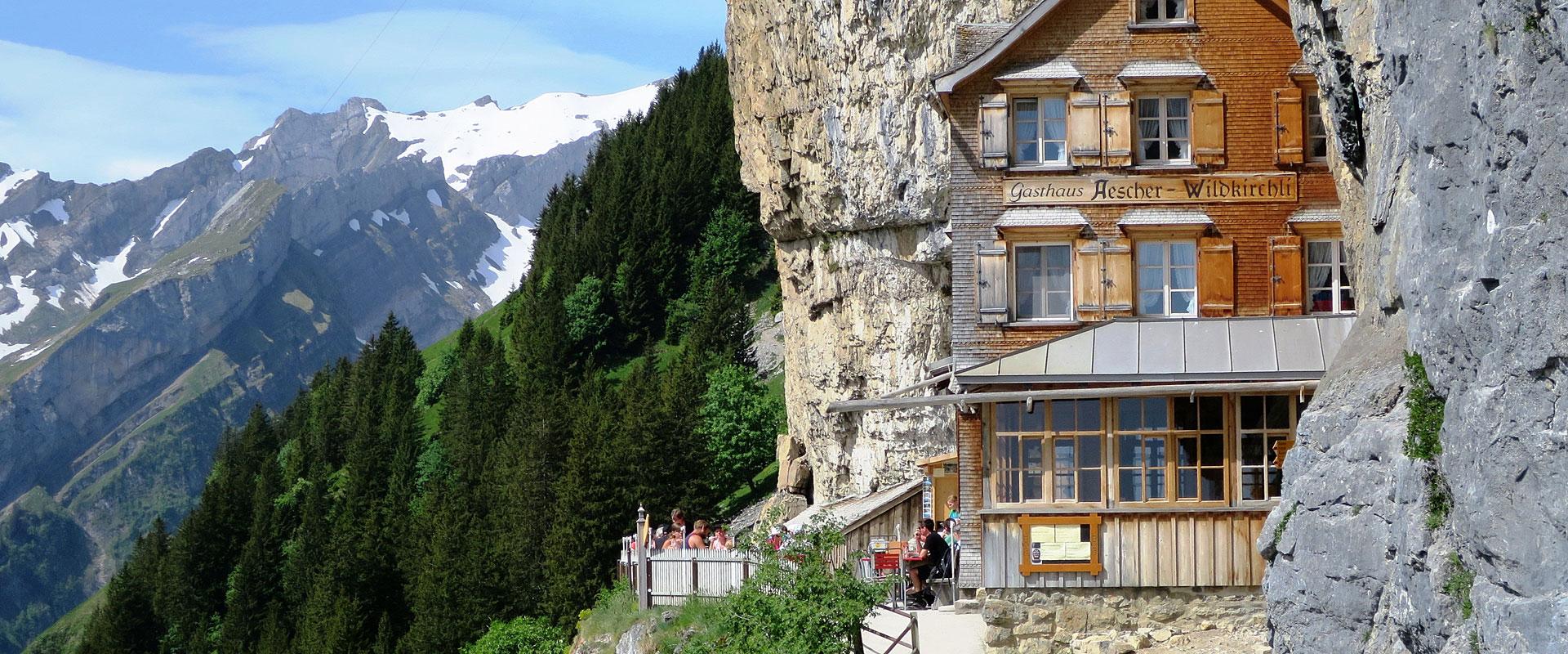 Berggasthaus Aescher-Wildkirchli im Kanton Appenzell-Innerrhoden