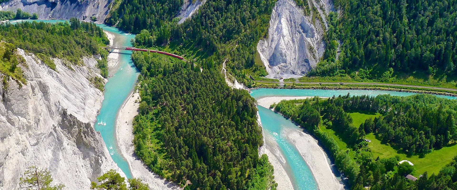 Rheinschlucht des Vorderrheins in Graubünden